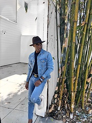 Willie Sparks - Gap Denim Jacket, Gucci Belt - Denim on Denim