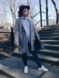 Anna Kaszubowska - Stradivarius Grey Coat, Lindex Blue Sky, F&F Jeggins, Adidas Sneakers - Winter is coming