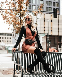 Amber Wilkerson -  - GLAM IT OUT FOR FALL