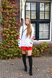 Paulina Kędzierska - Red Skirt, Nike Oversized Hoodie - November