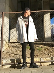 ★masaki★ - H&M Maison Margiera ×, Neworder, Bershka Skinny Jeans, Nike Air Monarch - Oversized Leatger Jacket