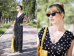 Julia F. - Pull & Bear Polka Dot Jumpsuit, Accessorize Bag - Polka-dot jumpsuit