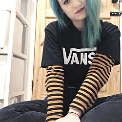 Idolsandanchors - Vans Tshirt, H&M Orange And Black Longsleeve, Asos Mom Jeans - Married To The Noise