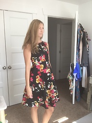 Cindy Batchelor -  - Chic Black floral dress
