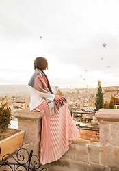 Lindsey Puls - Modcloth Blanket Scarf, Shein Skirt - What I Wore for the Sultan Cave Suites Famous Terrace (for V