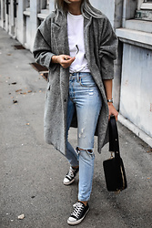 Katarina Vidd -  - How to style grey coat