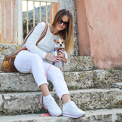Tamara Bellis - Zara Blouse, Pull & Bear Pants, Zaful Bag, Pull & Bear Sneakers, Mango Sunglasses - Sunday at Old Perithia