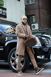 INWON LEE - Byther Cashmere Coat Beige, Byther Cashmere Slacks Beige, Louis Vuitton Brown Bag - Way to the office