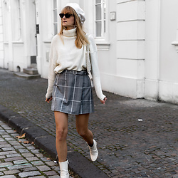 Catherine V. - Scrunchie Is Back Beret, Na Kd Turtleneck Sweater, Na Kd Tartan Skirt, H&M White Boots, Mango Pearl Bag - THE WHITE BOOTS