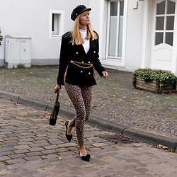 Catherine V. - Asos Baker Boy Hat, Zara Blazer, Chanel Vintage Gold Chain Belt, H&M Leopard Jeans, Na Kd Kitten Heels, Gucci Marmont Bag - THE BELTED BLAZER