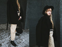 Christa Könönen - Lack Of Color Hat, Common Projects Shoes, Cos Coat - 271118 ig @chsnafu