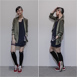Ren Rong - Owndays Glasses, Jucy Judy Dress, Topshop Blazer, Dresslily Cat Socks, Beetlebug Sneakers - Shaved Sides