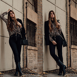 Jacky - Old Blazer, Loavies Shirt, Black Palms The Label Cowboy Boots, Agneel Bag, Gina Tricot Jeans - Autumn Trend: Cowboy Boots