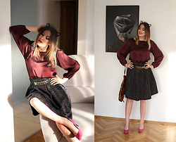 Panda Mone - Moschino Belt, Zaful Heels, Massimo Dutti Silk Blouse - CAT IS THE NEW BLACK.
