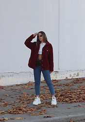 Claudia Villanueva - Popjulia Jacket, Zaful Sweatshirt, Shein Jeans, Buffalo London Sneakers - Burgundy Shearling Jacket