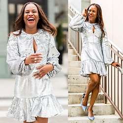 Monica Awe-Etuk -  - HOW TO SLAY HOLIDAY ENTERTAINING