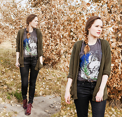 Emily S. - Urban Outfitters Graphic Tee, Adriano Goldschmied Coated Denim, The Frye Company Lace Up Boots, American Eagle Outfitters Cardigan - Wolf Tee & Coated Denim