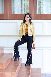 Kristen Tanabe - Bar Iii Faux Snakeskin Jacket, Rachel Roy Black Flared Jeans, Vintage Silk Button Down Shirt, Forever 21 Black Platform Heels, Diane Von Furstenberg Gold Aviator Sunglasses, Forever 21 Petite Purse - Making a Statement in Snakeskin