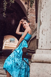 Wonderstyle - Mom's Blue Dress - Blues of Rome