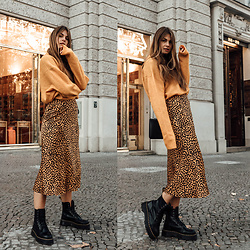 Jacky - & Other Stories Sweater, & Other Stories Skirt, Agneel Bag, Dr. Martens Boots - How to wear Leopard Print in Winter