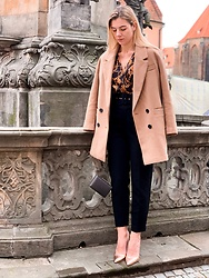 Zuza - Lost Ink Heels, Zara Coat - Golden