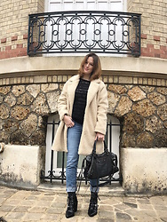 The laid-back girl Léa - Only Coat, Noisy May Sweater, Levi's® Jeans, Balenciaga Bag, Prettylittlething Boots - Teddy bear coat