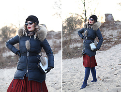 Panda Mone - Miss Fofo Down Jacket, Zaful Skirt, Zara Overknee Boots - WINTER IS COMING!