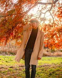 Effendy Sigit - Bershka Trench Coat, Uniqlo Turtle Neck, United Colors Of Benetton Jeans - Autumn fear