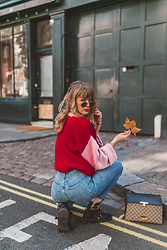 Vicky W - Glamorous Color Blocking Sweater, Gucci Padlock Bag, Onygo Balenciaga Boots Look A Like, Ray Ban Round Metal Sunglasses - London Color Blocking Winter Outfit