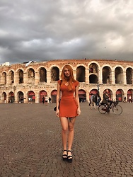 Umbird - Pull & Bear Dress, Pull & Bear Shoes - Verona look
