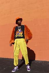 Dominic Grizzelle - Newcounty Orange Faux Fur, Urban Outfitters Spyro Tee, Vans - IG : GRIZTRIZ