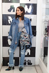 Alexandra Alexandridou - Jeffrey Campbell Shoes, Favela Jeans - Denim