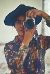Zafira A - Zara Floral Printed Blouse, New Look Hat - I miss summer