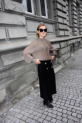 Anna Borisovna - Esthe Clothing Bluse, Esthe Clothing Skirt, Massimo Dutti Shoes, Céline Sunglasses - Www.annaborisovna.de