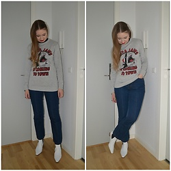 Mucha Lucha - H&M Jumper, H&M Jeans, Topshop Boots - Santa jaws