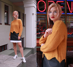 Vlada Kozachyshche - Zaful Sweater, Booriva Skirt, Adidas Sneakers - Cozy