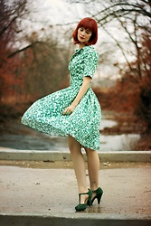Bleu Avenue - Collectif Clothing Vintage Janet Leafy Swing Dress, Qupid The Zest Is History Heels In Green - Unicorn Dreams