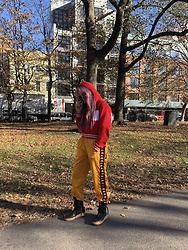 Ellie Nik - Fila Hoodie, Kappa Pants, Nike Af1 - Late fall in Williamsburg