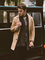 Anel Musanovic - Asos Watch, Asos Scarf, Zaful Coat, Zaful Sweater, H&M Black Jeans -  lost trains and blushes of winter.