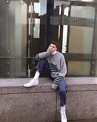 Jelto Witzel - Weekday Sweater, Acne Studios Shoes, Weekday Jeans - Oversize