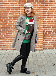 Aleksandra Siara - Shein Coat, Tkmaxx Sweater, H&M Hat - Ugly sweater