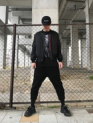 ★masaki★ - Kollaps Industrial インダストリアル, Komakino Bomber, Ssnmrkrn Art Tee, Ch. Cropped, Nike Air Monarch - Japanese Cap インダストリアル