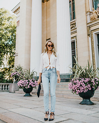 Anna Pauliina -  - THE CLASSIC COMBINATION OF BLUE JEANS & A WHITE SHIRT