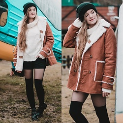 Karolina N. - Zaful Jacket, Zaful Jumper, Gatta Overknee Socks, Carry Beanie - EVERYTHING IS OLD.