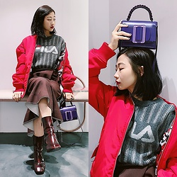 Dawn Kuo - Boyy Fred Bag, Fila X Dantidote Bomber Jacket - Looking Forward to 2019 ❤️💜