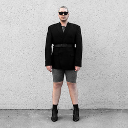 Wyatt Morgan - Vintage Blazer, Monki Silver Biker Shorts, Syro Leather Boots, Asos Black Leather Belt - 01 01