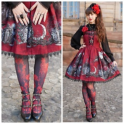Yumi E.G. - Krad Lanrete Transylvania Moonlight, H.Naoto Blood Tights - Transylvania moonlight