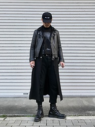 ★masaki★ - Kollaps Industrial インダストリアル, Ch. Leather Jacket, Jesse Draxler Art Tee, Ssnmrkrn Artisanal Military Coat, Neuw Denim Jeans, Dr. Martens All Black 8hole - All Black Everything