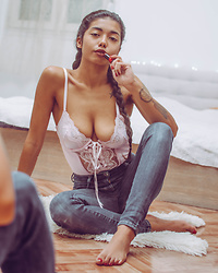 Konstantina Antoniadou - American Eagle Outfitters Jeans, Savage X Fenty Satin Bodysuit - New Year, Same Me