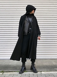 ★masaki★ - Ssnmrkrn Artisanal Military Coat, Jesse Draxer Art Tee, Neuw Denim Jeans, Dr. Martens 8hole - Black on Black